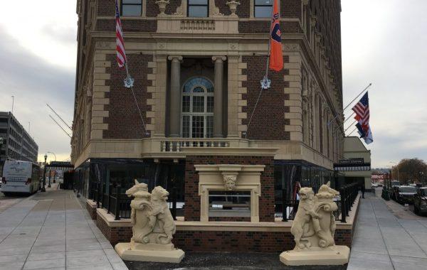 Hotel Syracuse – Fireplace